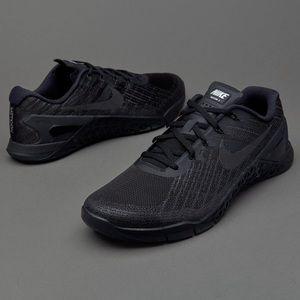 Men's Nike Metcon 3 Size 9.5